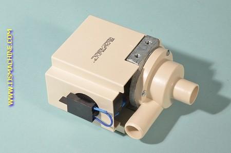 Waterpomp Masterfrost ijsblokjesmachine C400